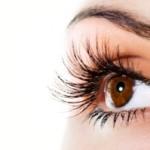 Existem tratamentos que estimulam o crescimento dos cílios.