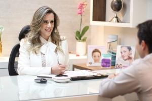 Dermatologista Tallita Rezende